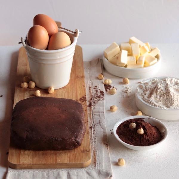 Frolla al cacao e nocciole