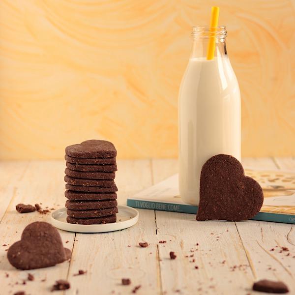 Cuore di biscotto cacao e nocciole