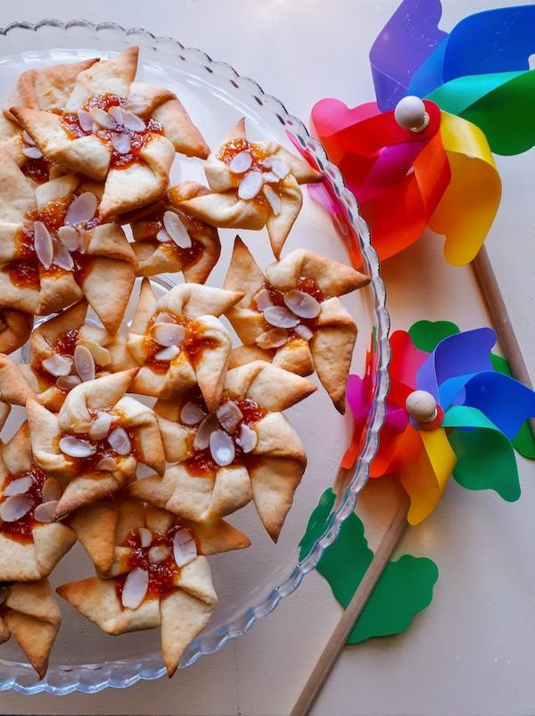 Biscotti girandola alla marmellata