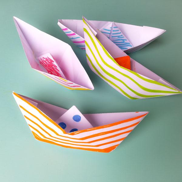 Barchetta di carta - Origami - Ghiotto e Pastrocchio