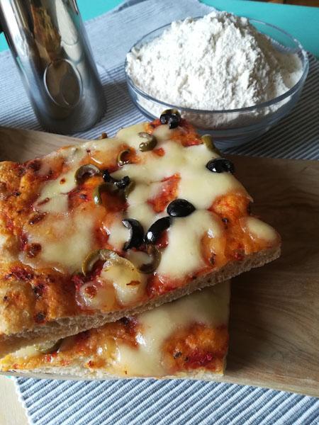 Pizza fatta in casa - Ghiotto e Pastrocchio