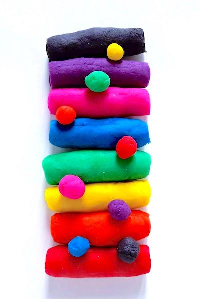 Pasta modellabile colorata