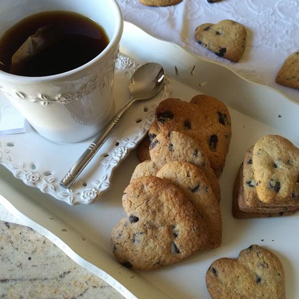 Biscotti cuoricini al cioccolato - Ghiotto e Pastrocchio